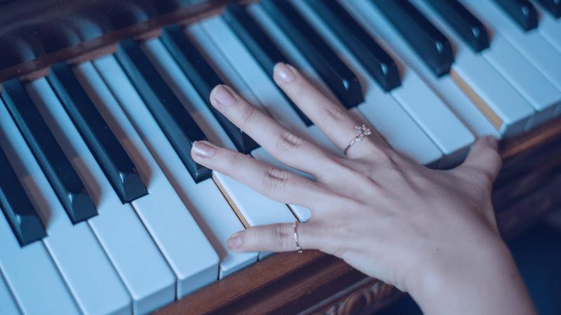 Eviter les douleurs au piano